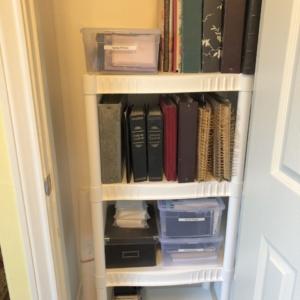 Instant shelves for small closet
